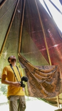 dentro una tenda teepee (foto: Anna Luciani)