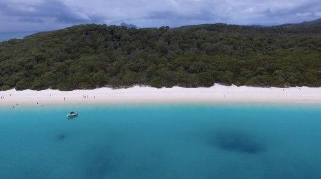 Whitehaven Beach (Immagine estratta da una ripresa aerea con drone. Video e Foto: Simone Chiesa)