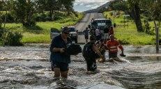 salvataggi lungo la Larapinta Drive (foto: Simone Chiesa)