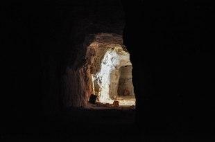 le miniere di Mintabie. Tunnel scavati nella roccia a suon di dinamite (foto: Anna Luciani)