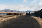 Alla scoperta dei paesaggi a nord della città con Bergthor, il nostro couch a Reykjavik. Bergthor e Simone (foto: Anna Luciani)