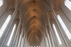 Hallgrimskirkja, la navata in stile neogotico (foto: Anna Luciani)