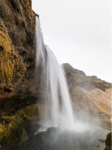 cascata di Seljalandsfoss (foto: Anna Luciani)