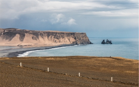 Reynisfjara, la spiaggia nera vista da (foto: Anna Luciani)