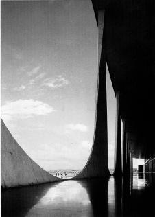 Palácio da Alvorada, Brasilia (fonte: Oscar Niemeyer e o modernismo de formas livres no Brasil, David Underwood, Cosac&Naify)