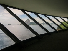 Museo d'arte contemporanea di Niterói (foto: Anna Luciani)
